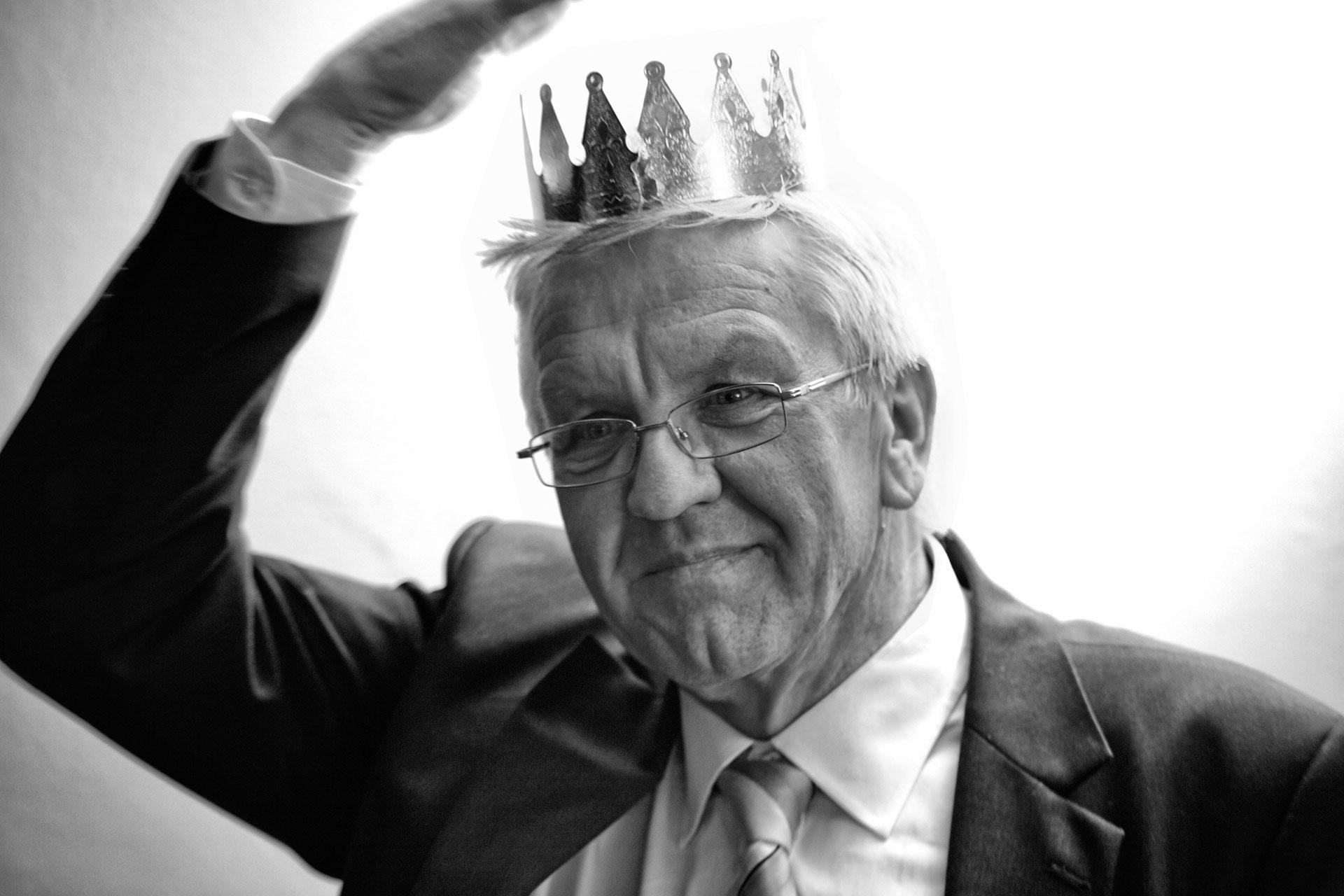 """Winfried Kretschmann /BÜNDNIS 90 - DIE GRÜNEN -  """"Der Starschnitt"""" Welt Kompakt 28.03.2011"""