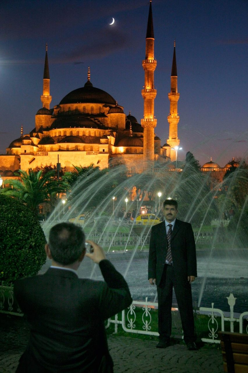 Taking a picture in front of the Sultan Ahmet Camii (Blue Mosque)