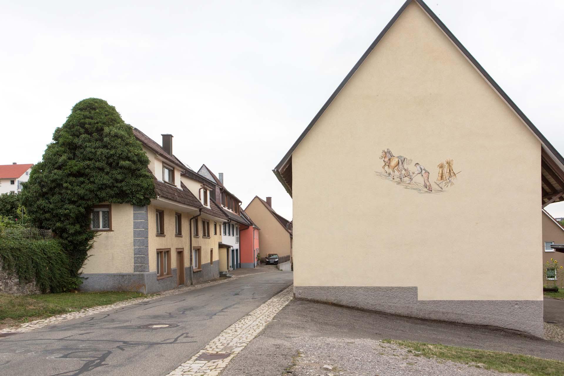 Der badische Wallfahrtsort Löffingen, ein mittelalterliches Marktstädtchen mit historischen Gebäuden rund um den Marktplatz, mit Bioladen und Windrädern, will weltoffen sein.