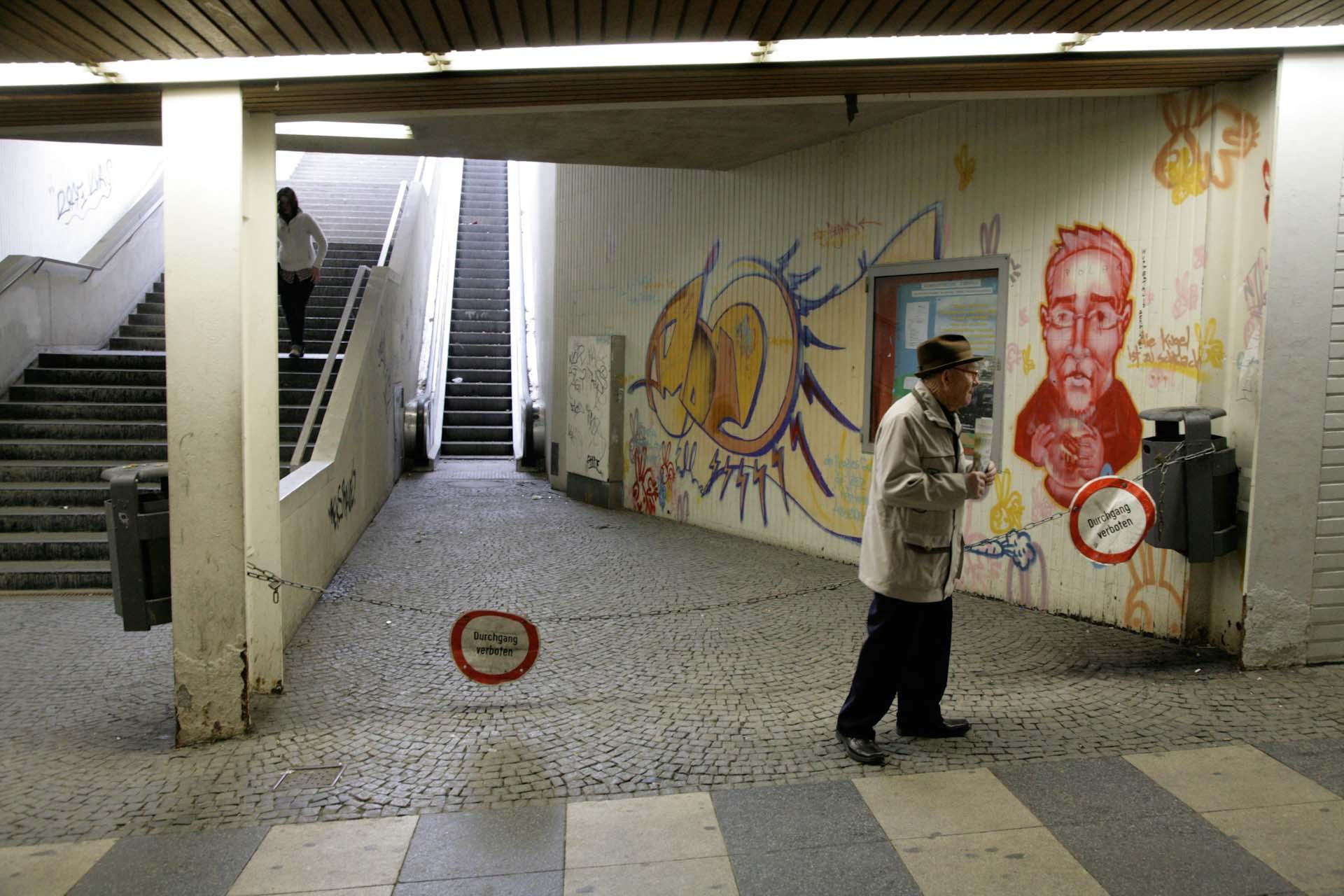 Die in die Jahre gekommene Döppersberg Unterführung, zwischen Hauptbahnhof und Fussgängerzone, auch 'Harnröhre genannt' ist nun Geschichte