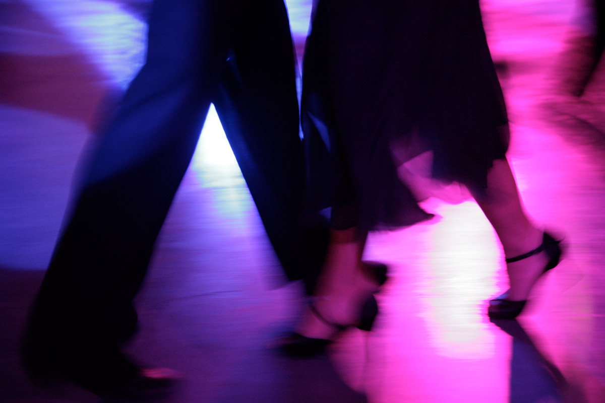 An example of the show dances offered at the Tango Ritual 2009 – Maestros: Christian Marquez y Virginia Gomez. One out of four dances.