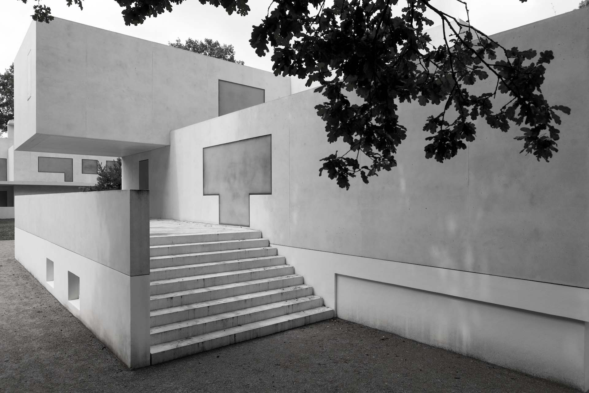 The new Master House Gropius, by Bruno Fioretti Marquez Architects 2010-2014.