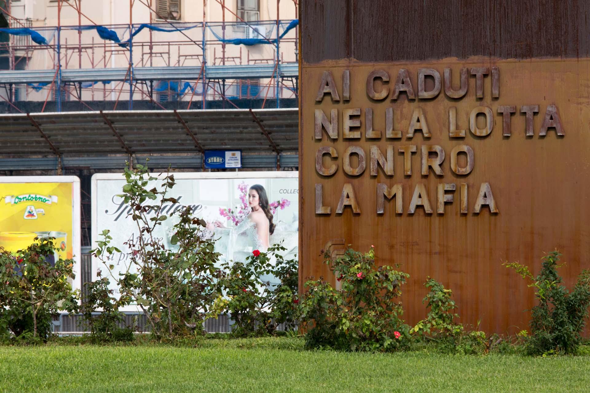 Gedenkstätte der im Kampf gegen die Mafia Gestorbenen - Ai caduti nella lotta contro la Mafia – Memorial of the dead in the fight against the Mafia
