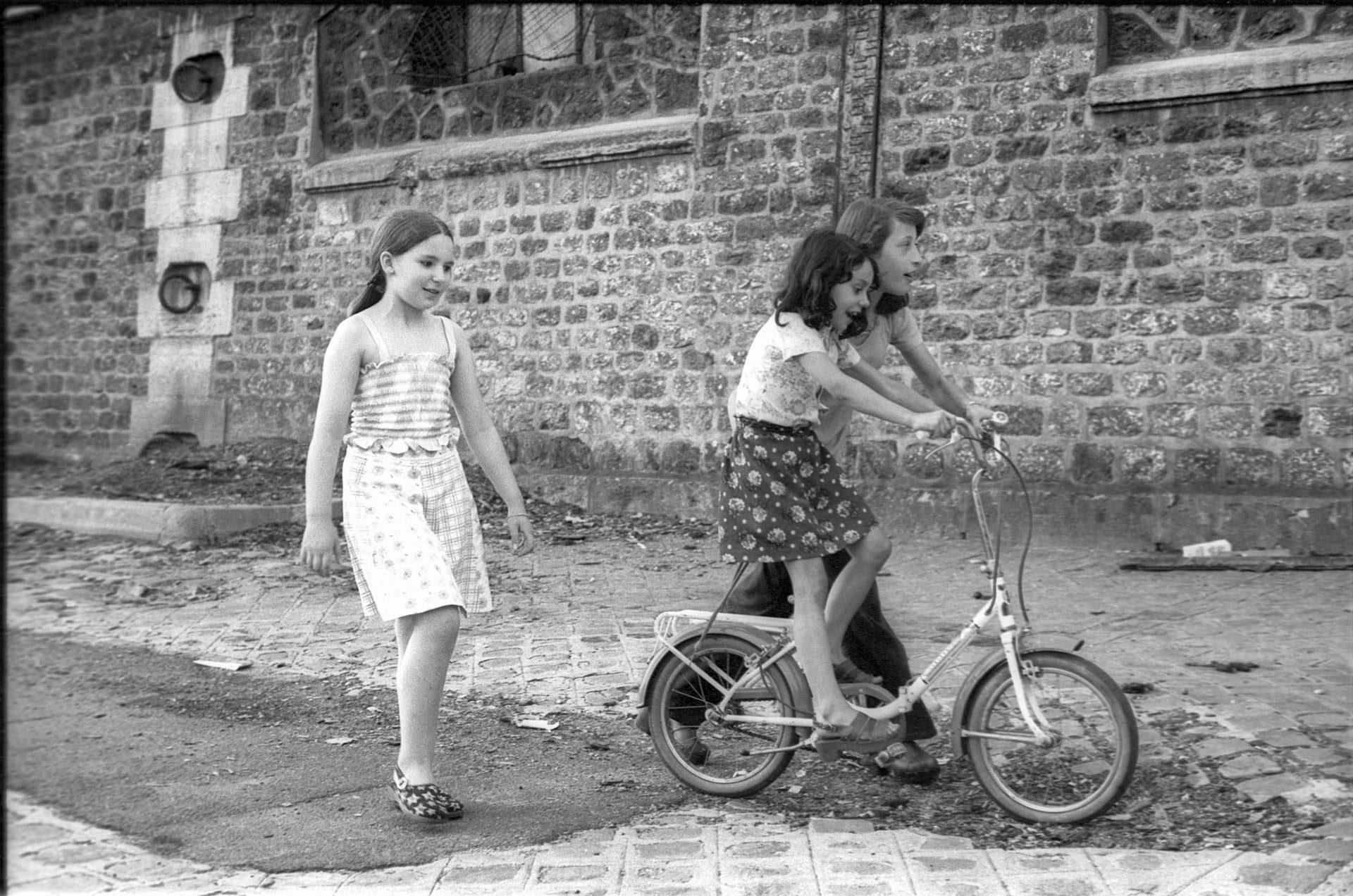 paris_1920_1975_07